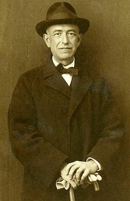 Manuel De Falla, composer of Siete canciones populares españolas